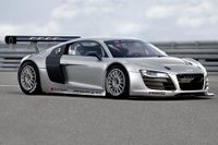 Audi_motorsport_080827_0289__mid